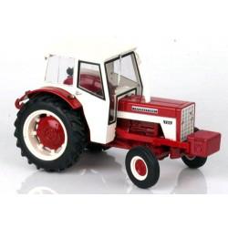 Tracteur CASE IH 724